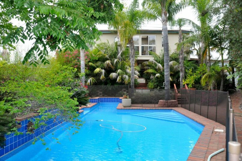 Swimming pool owners list